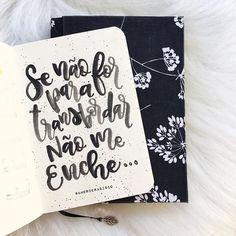 se não for para transbordar, não me enche... . . #amorderabisco #transbordar #aquarela #preto #black #lettering #handlettering #handfont #frasedodia #sketchbook #rabisco #rabiscododia