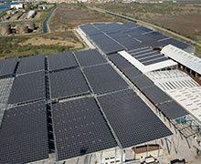 """Bouches-du-Rhône : la plus grande """"toiture photovoltaïque industrielle"""" de France inaugurée"""