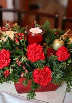 Tips Decoración Navidad - Centros de Mesa con Flores Table Decorations, Furniture, Home Decor, Christmas Tables, Christmas Decor, Centerpieces, Flowers, Decoration Home, Room Decor