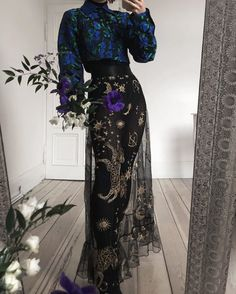 Image discovered by Find images and videos on We Heart It - the app to get lost in what you love. Look Fashion, High Fashion, Womens Fashion, Fashion Design, Spring Fashion, Looks Cool, Looks Style, Pretty Outfits, Pretty Dresses