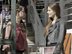 Giovanna convida Angel para jantar e revela armação para amiga