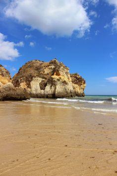 às nove no meu blogue - Portugal - Algarve - Praia dos 3 irmãos.