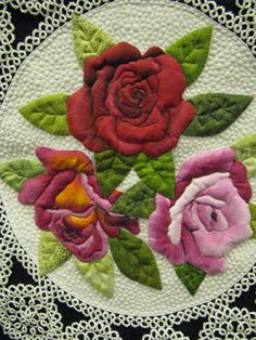 Applique. Vintage Roses by Barbara Polston Quilted by Terri Doyle Wow.. people amaze me!