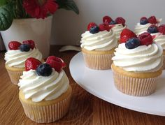 Czech Recipes, Muffins, Bakery, Cheesecake, Food And Drink, Sweets, Desserts, Blog, Basket