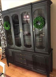 Annie Sloan Graphite with Black Wax Antique Hutch See the big reveal including … - Decoration, Room Decoration, Decoration Appartement, Home Decor, Bedroom Decor Chalk Paint Colors Furniture, Rustic Painted Furniture, Annie Sloan Painted Furniture, Painting Antique Furniture, Refurbished Furniture, Upcycled Furniture, Dining Furniture, Furniture Makeover, Hutch Makeover
