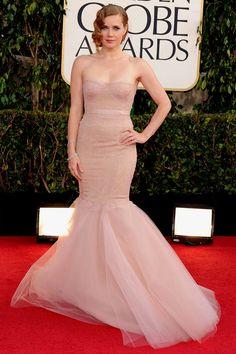 Amy Adams na mesma: nude Marchesa bem sereia, tomara-que-caia e rendado