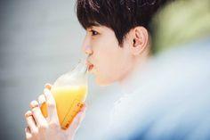 [Instagram] 160430 ssongjjong.ifnt: #쫑쥬스 #오렌지 쥬스 #인스피릿 보고싶다 #상큼쫑 || #JjongJuice #Orange Juice #INSPIRITs I Miss You #RefreshingJjong