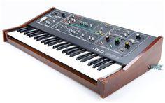 Moog Opus-3