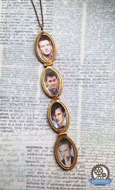 9101112 DOCTORS LOCKET  doctor who bbc geek nerd by AetherWidgets. AWWWWW!