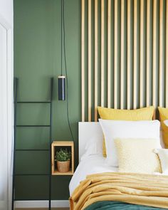 Discover recipes, home ideas, style inspiration and other ideas to try. Master Bedroom Design, Home Bedroom, Bedroom Decor, Bedroom Designs, Green Rooms, Bedroom Green, Wood Slat Wall, Ceiling Decor, Luxurious Bedrooms