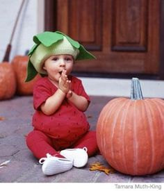 Get baby in on the Halloween fun, too!    These DIY costumes are adorable and easy to make: http://qoo.ly/b97u3