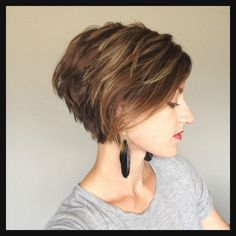 115 best Kurze Haare // Styling & Frisuren images on Pinterest ... | Einfache Frisuren