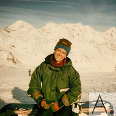 #TBT #1997 #snowboarding in #Neustift #SWISSZERLAND 🇨🇭 . This was not so far from home in Munich Germany, the great aspect of south of Europe is the short distances. This pic was taken by my husband and that is one of my favorite snowboards, it was heavy buy extremely stable.  . Missing snowboarding this winter ❄️ Great memories with my boys.  🚶🏻♂️🚶🏻♂️🚶🏻♂️🚶🏻♂️➕💃🏻@pcabrerascheider  .  #MiamiLovers #AngelicaBehm #ConectandoEstiloDeVida