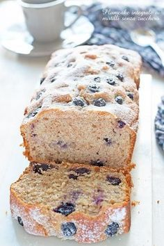 Plumcake integrale mirtilli e yogurt senza zucchero-Una siciliana in cucina Tortilla Sana, Light Cakes, Plum Cake, Healthy Cake, Pinterest Recipes, Light Recipes, Stevia, Just Desserts, Love Food