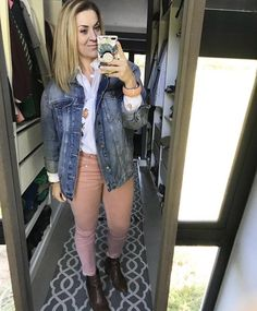 Post Pregnancy Clothes, Pre Pregnancy, Pregnancy Outfits, Oversized Denim Jacket, Pink Style, Personal Stylist, Florals, Blonde Hair, Winter Fashion