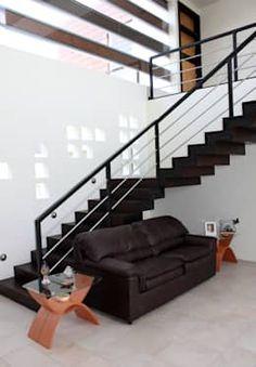 Corridor & hallway by Arquimia Arquitectos Staircase Design, Stairs, House, Home Decor, Corridor, Ideas, Modern Stairs, Stair Design, Cozy