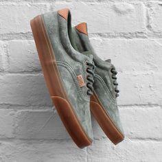 Vans Era 59 CA Shoes vans old the wall Sock Shoes, Cute Shoes, Me Too Shoes, Shoe Boots, Vans Sneakers, Sneakers Mode, Mens Vans Shoes, Sneaker Outfits, Fashion Shoes