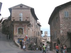 assisi italy | Image gallery: Assisi, Italy)