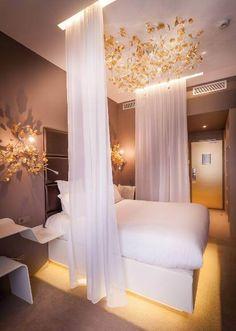 Chambre 404 hôtel Legend.
