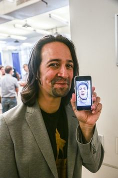 A little facetime | Community Post: 15 Photos That Prove Lin-Manuel Miranda And Johnathan Groff's Friendship Can't Be Beat