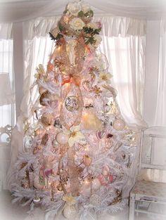 ❤°(¯`★´¯)Shabby Chic .Olivia's Romantic Home: Shabby Chic White Christmas Tree Pink Christmas Tree, Shabby Chic Christmas, Beautiful Christmas Trees, Noel Christmas, Victorian Christmas, Christmas Tree Decorations, Vintage Christmas, Holiday Decor, Xmas Trees