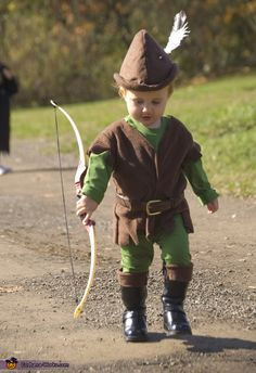 My nephews are reading Robin Hood, they want costumes for the summer and this looks like the perfect light jerkin to throw over whatever they are wearing.