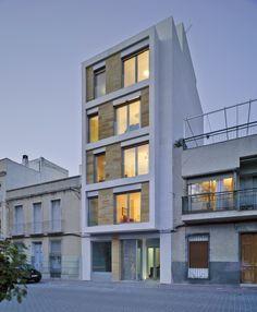 Residential Building in Cieza / Xavier Ozores Spain