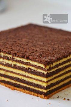 Bake for Happy Kids: Chocolate Vanilla Kek Lapis / Lapis Legit / Spekkoek/ Indonesian Layer Cake Cake Receipe, Layer Cake Recipes, Cake Cookies, Cupcake Cakes, Cupcakes, Tiramisu, Lapis Legit, Resep Cake, Plain Cake