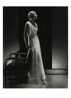 Vogue - February 1931 // photo by Edward Steichen (American, 1879–1973)