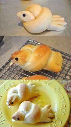Little Birdie Rolls … recipe here: littlebirdiesecre … – kids baking ideas Easter Recipes, Holiday Recipes, Recipes Dinner, Dinner Ideas, Bread Shaping, Bread Art, Good Food, Yummy Food, Easter Dinner