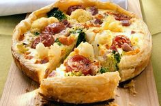 Cauliflower and tomato tart
