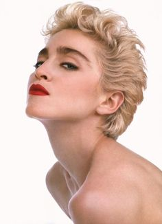 Madonna photographed by Herb Ritts for Rolling Stone, 1987 Lady Madonna, Madonna Art, 1980s Madonna, 80s Trends, Madonna Photos, Herb Ritts, Actrices Hollywood, Rolling Stones, Star Wars