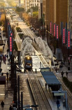 Houston Light Rail. Photography by and via http://drewdonovan.com/blog