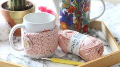 45 cadeaux de Noël à faire soi-même • Hellocoton Diy Cadeau Noel, Crochet Patterns, Creations, Diy Crafts, Mugs, Cool Stuff, Knitting, Tableware, Gifts