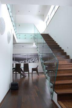 sklenené samonosné zábradlie ne nerezových terčoch Stairs, Loft, Bed, Furniture, Home Decor, Elegant, Stairway, Decoration Home, Stream Bed