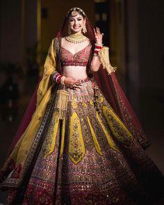 Indian Bridal Photos, Indian Bridal Outfits, Indian Bridal Fashion, Indian Bridal Wear, Indian Fashion Dresses, Bridal Dresses, Wedding Outfits, Wedding Wear, Indian Lehenga