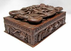 Beautiful Asian Style Carved Wooden Box with Lizards
