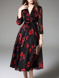 Black Floral Polyester 3/4 Sleeve V Neck Midi Dress