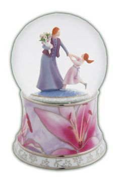 Adorable Mom And Child Water Globe