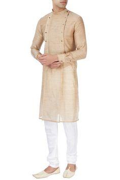 Whatsapp on +919013201999 or mail us in info.baawre@gmail.com for more details. Mens Shalwar Kameez, Kurta Men, Indian Men Fashion, Mens Fashion, Fashion Outfits, Pathani For Men, Gents Kurta Design, Pathani Kurta, Kurta Style