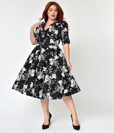 96e130352cc 1950s Plus Size Fashion  amp  Clothing History Unique Vintage Plus Size  1950S Black White Floral