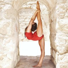 @talia_sutra #yoga #splits