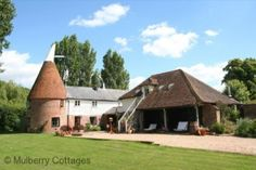 HCC | The Oast, Newenden, Kent Beer Brewing Process, South East England, Building Design, Cottage, Houses, Cabin, House Styles, Homes, Cottages