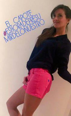 Nuestra amiga Beatriz Jarrin nos invita a presumir de bermudas!! PVP: 59 €. Tallas de la 32 a la 42. http://poloselcapote.com/pantalones/474-short-mujer-rosa-capote.html