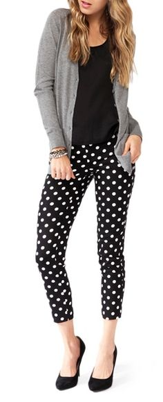 New womens business casual winter polka dots Ideas Polka Dot Pants, Polka Dots, Polka Dot Outfit, Polka Dot Shoes, Polka Dot Sweater, Work Fashion, Fashion Outfits, Fashion Ideas, Look Office