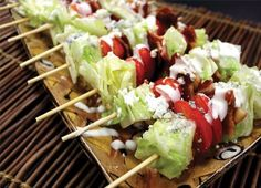Wedge Salad on a Stick - A Very Bacon Thanksgiving - Staff recipes from the November 2015 issue Jonesboro Occasions Magazine - Photo and styling by Brittney Guest Kabob Recipes, Appetizer Recipes, Wedge Salad Recipes, Recipies, Fingers Food, Clean Eating, Healthy Eating, Good Food, Yummy Food