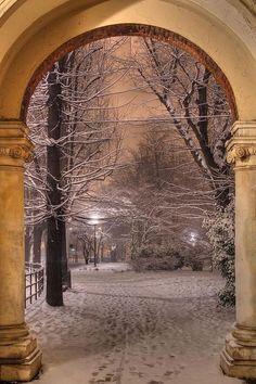Snow Arch, Turin, Italy. Photo via Freda