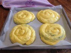 Τσουρέκια νηστίσιμα γεμιστά (με 4 διαφορετικές γεμίσεις)! | Sokolatomania Sokolatomania Muffin, Pudding, Breakfast, Desserts, Food, Morning Coffee, Tailgate Desserts, Deserts, Custard Pudding