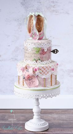 Yesterday I delivered this vintage shabby chic ballet cake. It...