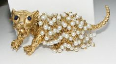 Vintage Big Tiger cat figural BROOCH pin dangling faux pearl chains blue eyes